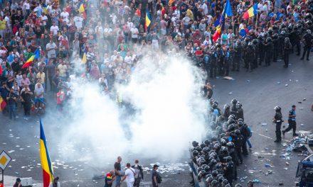Dragnea, despre mitingul din 10 august: Jandarmeria a acționat corect. E ciudat că nu sunt anchetate violențele protestatarilor