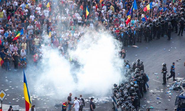 Un protestatar rănit în violențele de pe 10 august a decedat. Cazul este cercetat de procurori