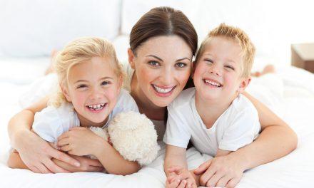 Femeile care au copii vor putea ieși mai repede la pensie. Care sunt condițiile