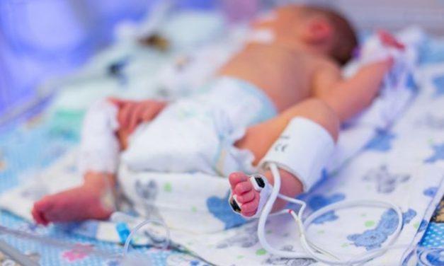 10 nou-născuți infectați cu COVID19 într-o singură maternitate. Testele micuților, prelucrate cu 6 zile întârziere