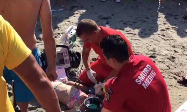 """VIDEO. Copilul scos din mare pe Plaja 3 Papuci, readus la viață după zeci de minute de resuscitare. IGSU: """"Inima ei a bătut din nou… în aplauze!"""""""