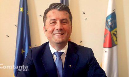 """Decebal Făgădău: """"Ce atâta panică cu țânțarii? La Brașov, p-ăia îi atacă urșii!"""""""