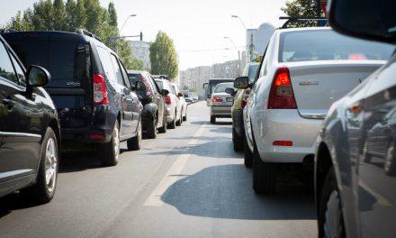 Ai mașină mai veche de 2009? Trebuie să plătești taxă de poluare dacă vrei să intri în București