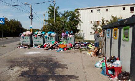 Primăria vrea să oblige constănțenii să-și amenajeze în fața blocului sau în curte locuri speciale pentru europubele sau containere, accesibile mașinilor de gunoi