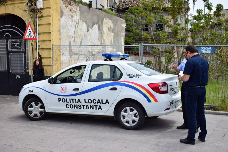 VIDEO / Polițiștii locali, campanie împotriva șoferilor care opresc sau parchează în stațiile RATC