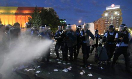 MAI blochează ancheta privind abuzurile Jandarmeriei din 10 august. Imaginile cu violențele jandarmilor nu au mai ajuns la procurori