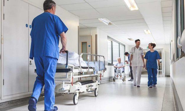 Fabrica de falși asistenți medicali: au diplome, dar nu au trecut o zi pe la școală.  Vor fi controlate toate postliceale sanitare