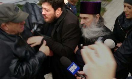 """BOR vs Arhiepiscopia Tomisului. """"Bănescu n-a înțeles foarte clar declarațiile lui ÎPS Teodosie cu privire la vaccin"""""""