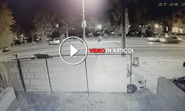 VIDEO. Tineri spulberați pe trecere, în stațiunea Mamaia. IMAGINI CU PUTERNIC IMPACT EMOȚIONAL!