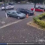 Accident rutier în Constanța, surprins de camerele video. Șoferul vinovat a fugit. Cine îl recunoaște?