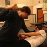 Violența în școli scapă de sub control. Elev băgat în spital de un coleg care practică boxul. A fost operat de urgență