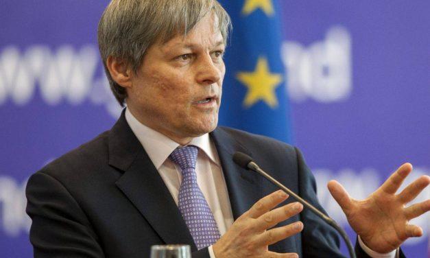 Dacian Cioloș: Criza pestei porcine, o consecință a incompetenței Guvernului