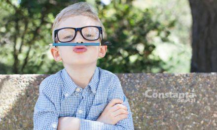 Începe școala? Iată 5 CHESTII de care copilul tău se poate lipsi cu succes, iar tu poți economisi bani