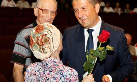 Așa primar…. Făgădău și premi…tuirea bătrânilor Constanței