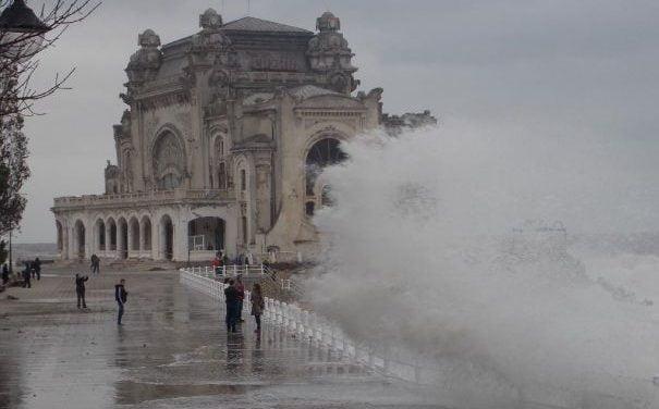 Constanța, sub avertizare meteo de ploi și instabilitate atmosferică accentuată