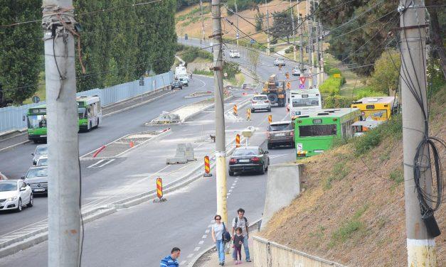 GALERIE FOTO. Șoferi, evitați drumul spre Poarta 1. Lucrări de amploare și o nouă reconfigurare rutieră a zonei