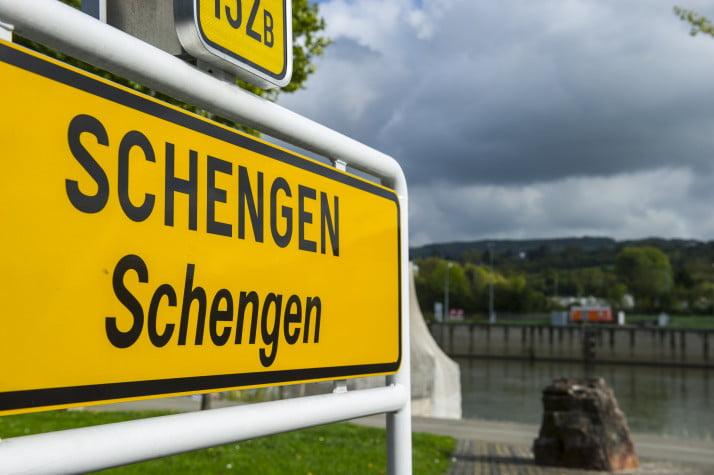 Lovitură pentru România. Consiliul European va demara includerea Bulgariei și Croației în Schengen.  România, blocată