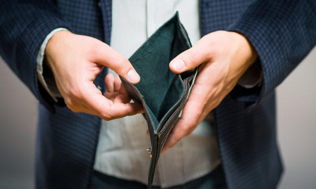 Majorările salariale ale PSD, spulberate de scumpiri și ROBOR. Angajații la privat, cei mai afectați: s-au ales doar cu scumpirile