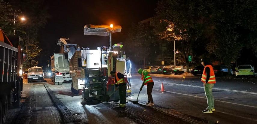 VIDEO / Intersecțiile de la Miga și Fantazio, asfaltate într-o singură noapte. Unde se lucrează astăzi
