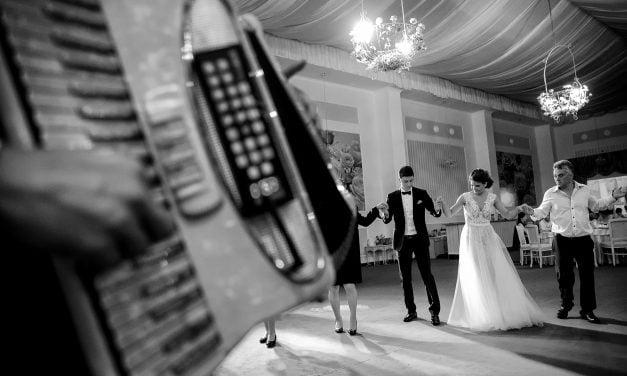În ce condiții se vor putea desfășura nunțile în 2021. Organizatorii propun testarea tuturor invitaților
