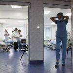Elevul de 12 ani care a căzut de la etajul doi, în stare stabilă la Terapie Intensivă.  Este conștient și colaborant
