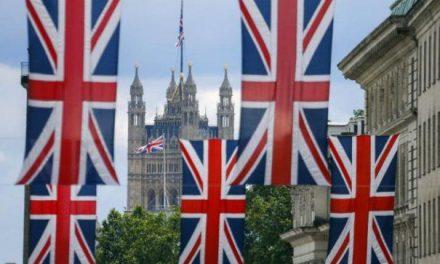 Brexit: Ce se întâmplă cu românii care sunt stabiliți sau muncesc în Anglia?