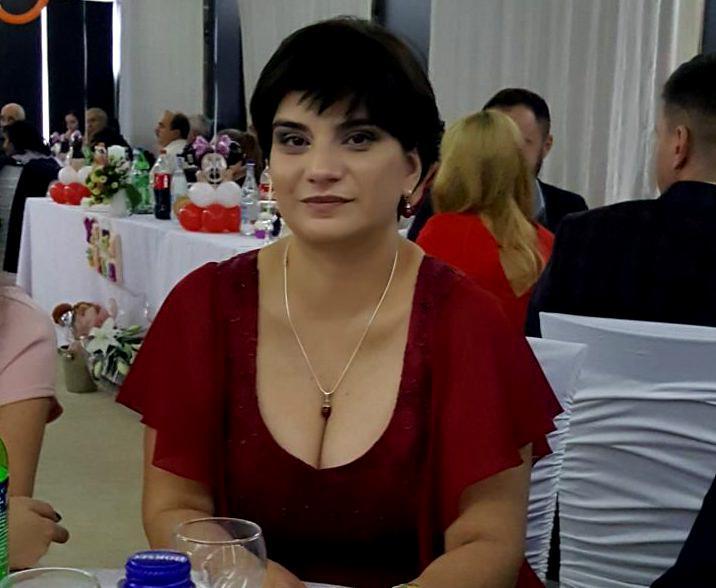 Asistenta care a suferit un accident vascular în timpul gărzii a murit. Directorul spitalului unde lucra, nervos că a fost deranjat duminică pentru așa ceva