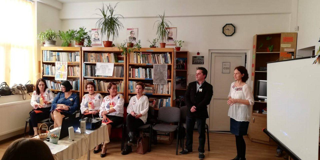 """Liceul Cobadin deschide seria evenimentelor dedicate Marii Uniri: """"Poezie, joc și cântec pentru centenar"""""""