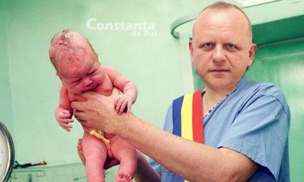 Primarul PSD din Agigea a inaugurat un copil, organizând o tăiere oficială de cordon ombilical