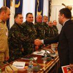 """Ministrul Leș și """"datoriile"""" față de militarii profesioniști. Viitorul șef al Apărării are deja în buzunar 11 propuneri ale LMP"""