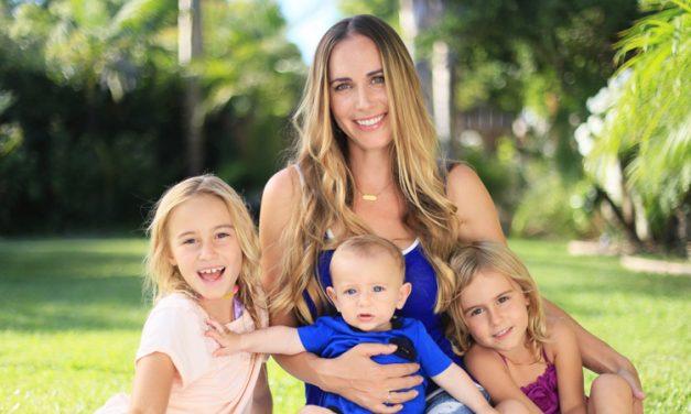 """Senatul a aprobat. Mamele cu cel puțin trei copii se vor pensiona mult mai repede. Care sunt condițiile pentru """"mamele eroine"""""""