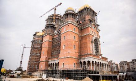 Trăim în țara care are 120 milioane de euro pentru Catedrală, dar are doar 11 paturi pentru arși și niciun spital nou de 30 de ani