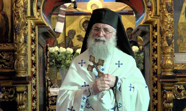 """Stareţul de la Putna, despre """"Vrem spitale, nu catedrale"""": """"Înseamnă că suntem bolnavi. Boala este urmarea păcatului"""""""
