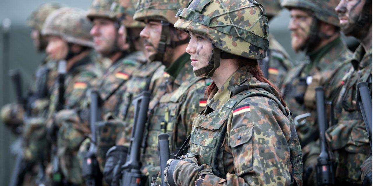 Armata germană vrea să angajeze, în următorii doi ani, zeci de mii de militari români. Salariul de bază pleacă de la 1.900 euro