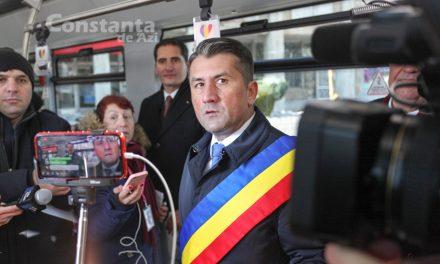 """""""Făgădău a împrumutat 100 milioane lei de la bancă pentru autobuze diesel turcești. Boc a luat fonduri europene pentru autobuze electrice"""""""