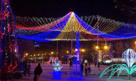 Spectacolele din Orășelul lui Moș Crăciun din Cernavodă continuă în acest weekend