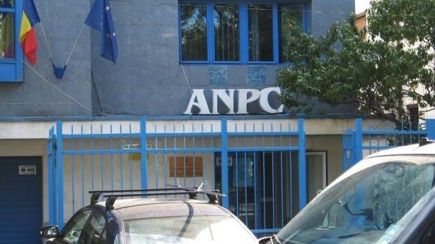 Un inspector de la OPC Constanța acuză: Ilegalitățile băncilor, protejate de ANPC, în timp ce micile firme erau amendate degeaba