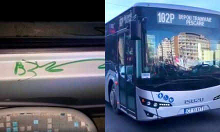 VIDEO. Filmat în timp ce vandaliza cu markerul unul dintre autobuzele noi ale RATC