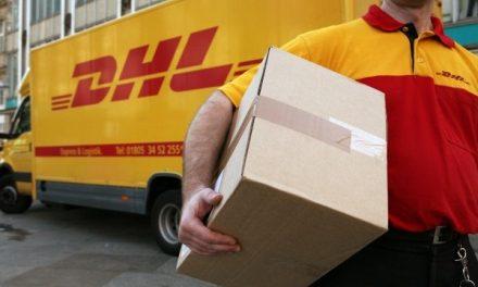 Doi români au furat toate coletele în prima lor zi de muncă, la o firmă de curierat din Germania
