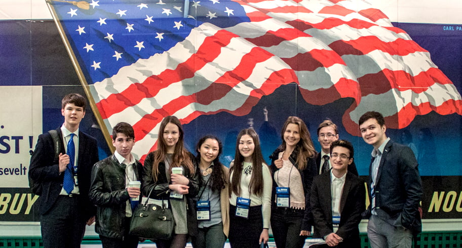 Burse de studiu în America pentru elevi de gimnaziu și liceu. Unde și cum vă înscrieți