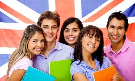 Burse școlare în Marea Britanie pentru elevii de clasa a X-a. Care sunt condițiile și ce costuri sunt acoperite