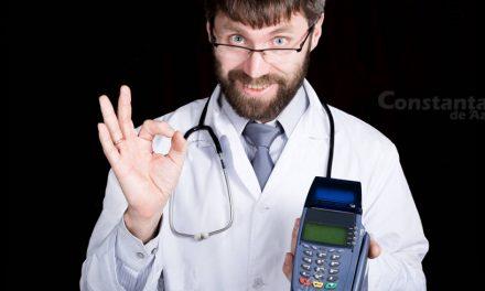 Spitalul Județean intră în era tehnologiei. Puteți plăti șpaga civilizat, cu cardul, medicii având acum POS-uri
