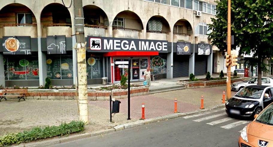 Supermarketul Mega Image de pe Lăpușeanu, închis de Protecția Consumatorului