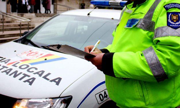 Ca în bancuri… Un poliţist local din Constanţa a fost amendat de poliţistul rutier pe care îl chemase în ajutor