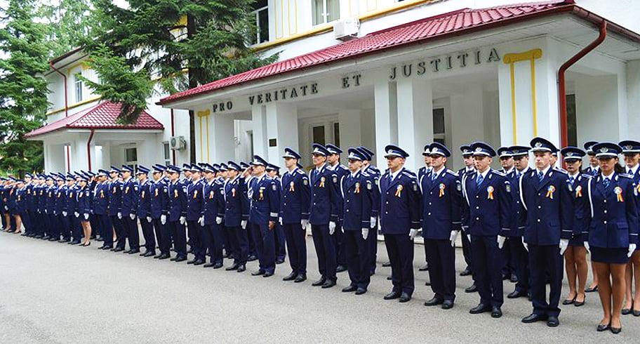 Vrei să te faci polițist? Au început înscrierile pentru sesiunea din ianuarie în școlile de poliție