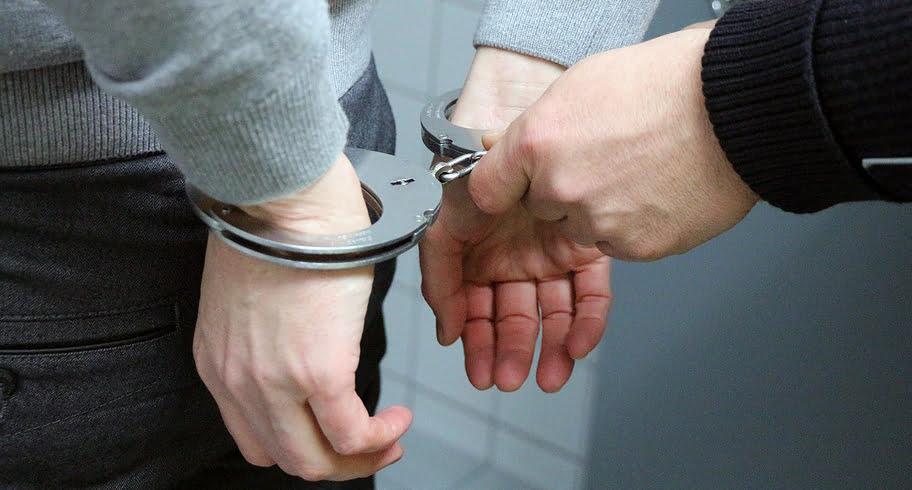 Tânăr suspectat de patru violuri, reţinut de poliţiştii constănţeni. Una dintre victime are 77 de ani