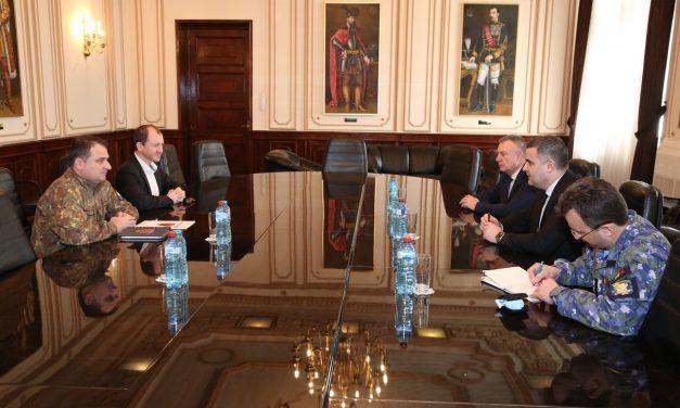Ministrul Gabriel Leș vrea să extindă proiectul Ligii Militarilor Profesioniști la nivelul întregii Armate
