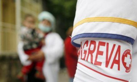 Angajații din spitale, în pragul protestelor. Guvernul le-a mărit salariile, dar a tăiat sporurile. Ce revendicări au medicii și asistenții