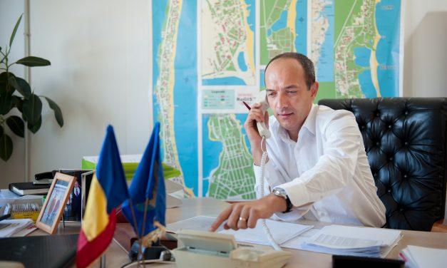 """Efectele """"taxei pe lăcomie"""". Agenții economici, notificați că se va scumpi gazul. R.Boroianu: """"Asta e politica infractorilor din PSD"""""""