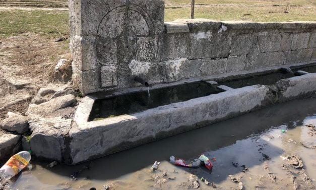 Satul constănțean în care, odinioară, s-au trasat hotarele Europei, iar acum oamenii beau apă de unde se adapă animalele